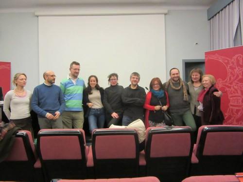 """Primera reunión del equipo de investigación del proyecto HLGE3 en la Biblioteca Histórica Marqués de Valdecilla, donde está depositado el """"Legado Camús"""" (6 de febrero de 2015)"""